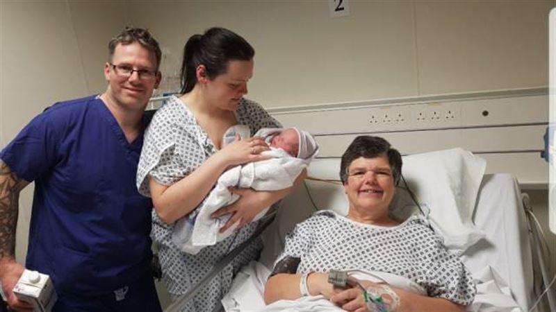 Бабушка родила собственную внучку