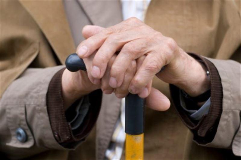 Бабушки избили хулигана, напавшего на священника