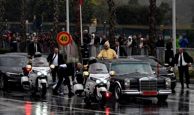 Мужчина набросился на кортеж короля Марокко и Папы Римского