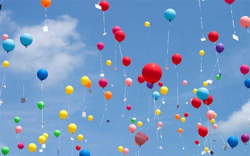 Казахстанские экологи просят запретить запуск воздушных шаров в столице
