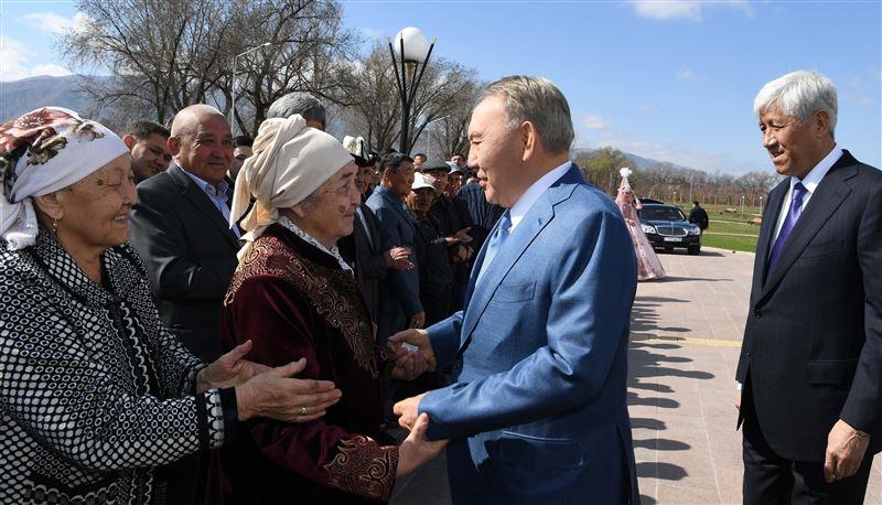 Елбасы Нурсултан Назарбаев прибыл в поселок Шамалган