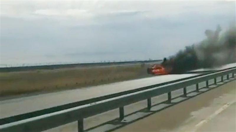 В Павлодарской области вспыхнули два автомобиля