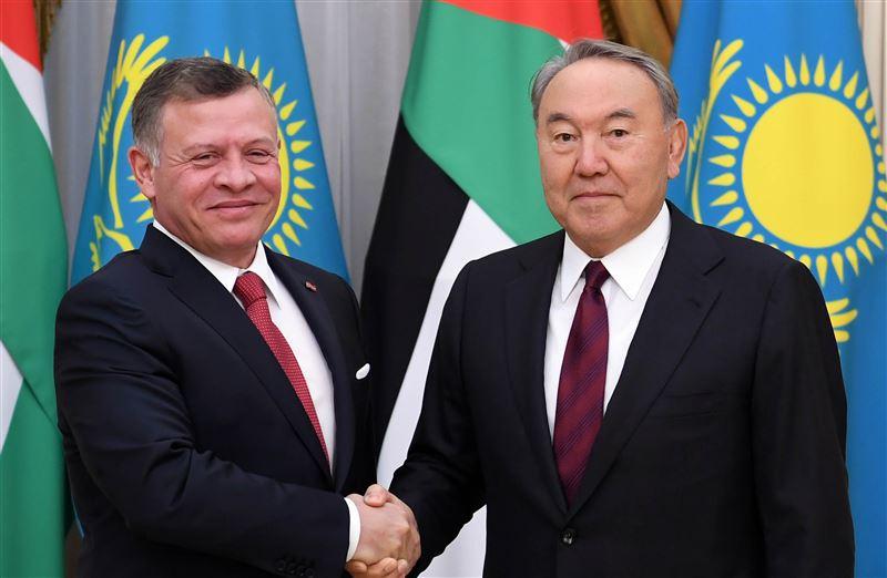 Нурсултан Назарбаев переговорил по телефону с Королем Иордании