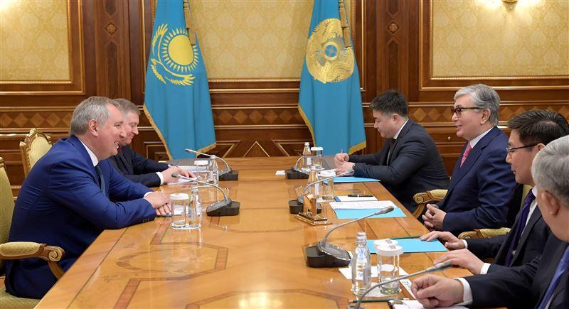Президент Казахстана принял в Акорде главу «Роскосмоса»