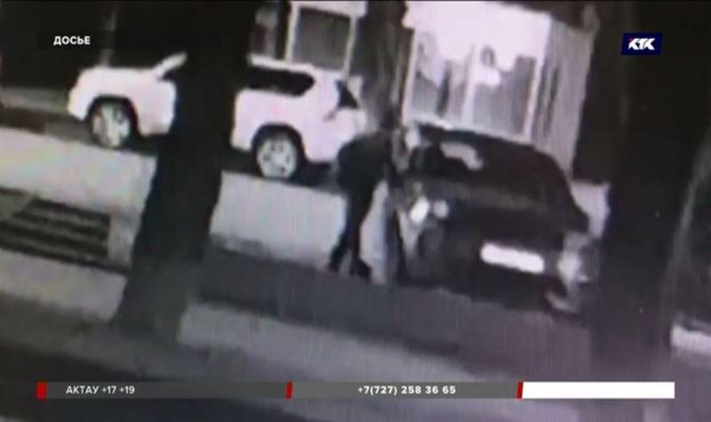 Автовор, снявший зеркала у Баландина, обокрал еще одну машину
