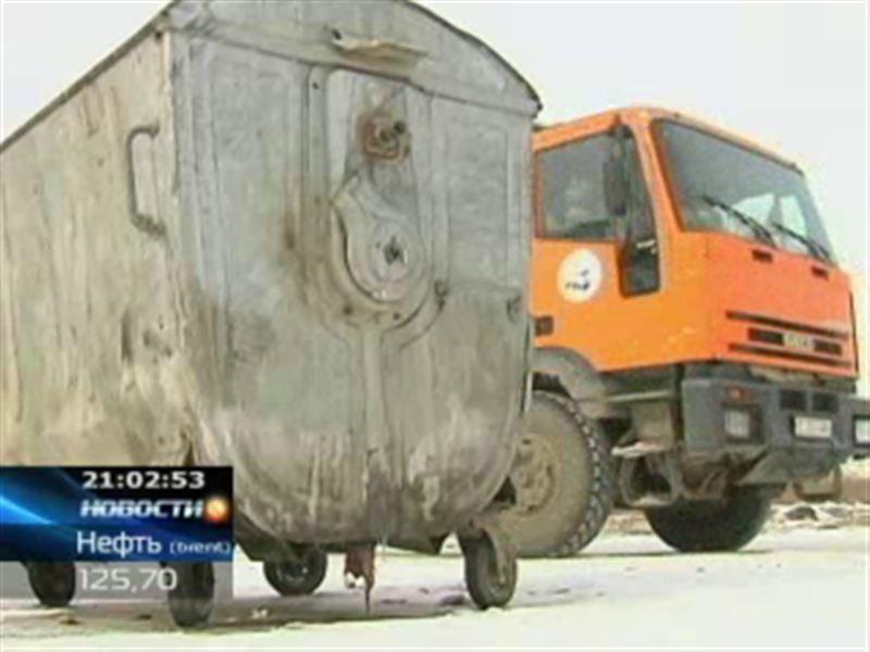 В Астане мусорщики объявили забастовку