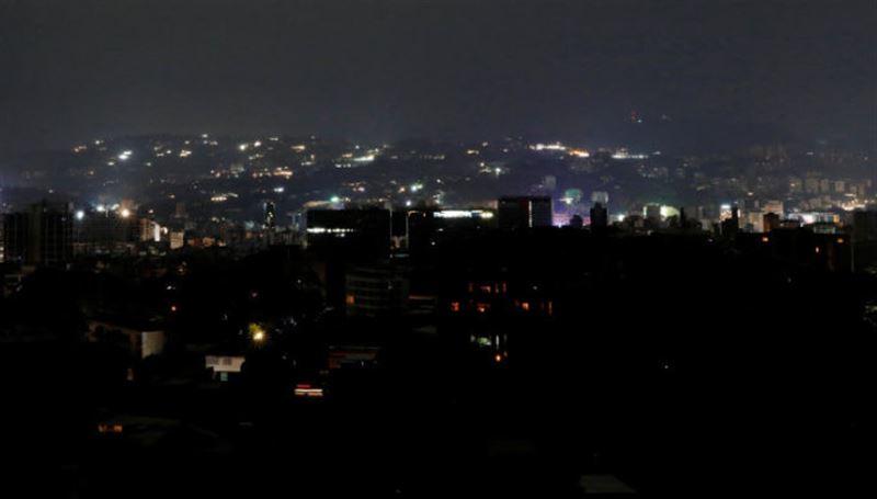 Более 20 штатов остались без электричества в Венесуэле