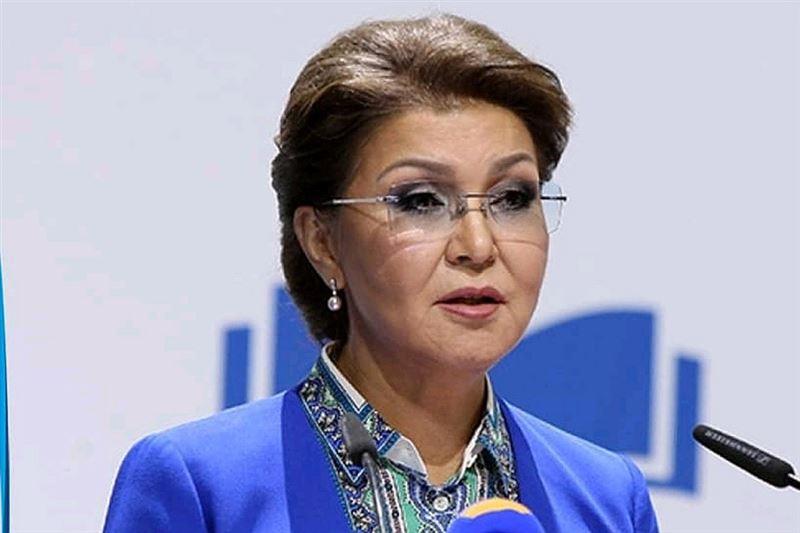 Дарига Назарбаева выступила с речью о предстоящих внеочередных выборах президента на заседании Сената Парламента РК