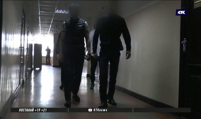 Всех преступников, напавших на полицейских с ножом, задержали