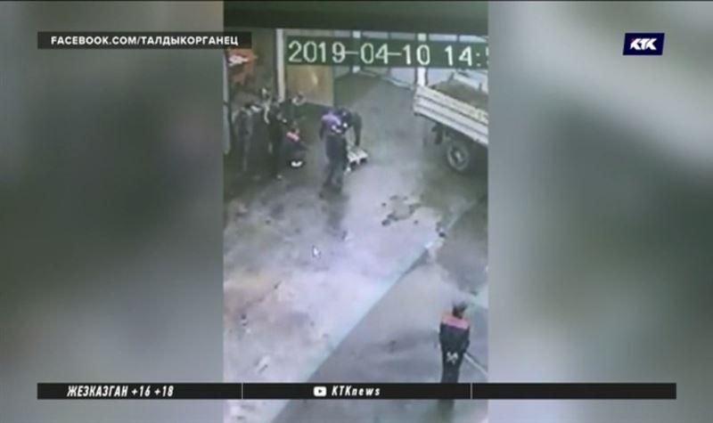 Врачи рассказали о состоянии пострадавших от взрыва в Алакольском заповеднике