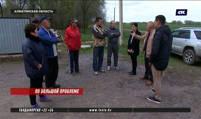 Фекалии сливают не туда – сельчане Алматинской области воюют с ассенизаторами