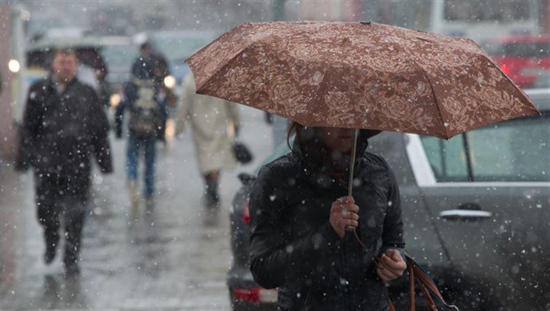 Мокрый снег и похолодание ожидается в Казахстане