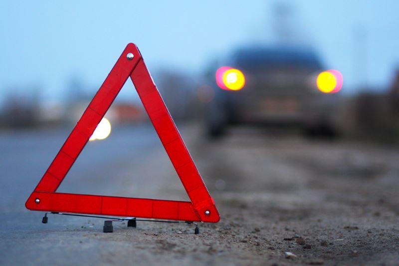 В Алматы на одном перекрестке произошли две аварии