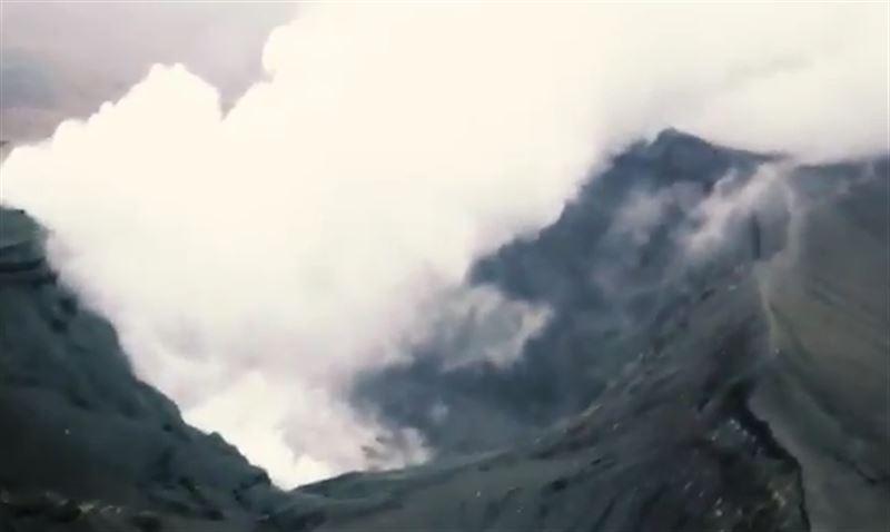 На юго-западе Японии неподалеку от АЭС произошло извержение вулкана