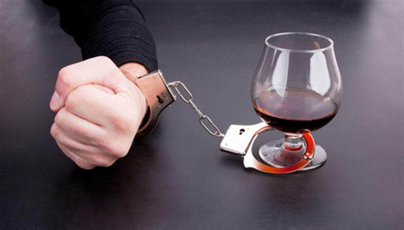 Гормон счастья способен побороть алкоголизм