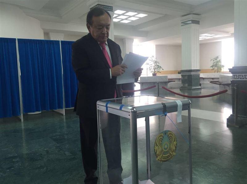 Партия «Бирлик» отказалась выдвигать своего кандидата на выборах президента