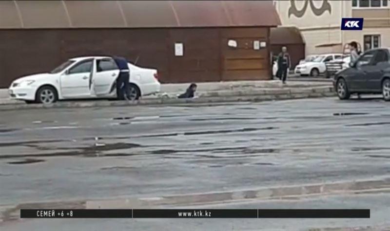 В Актау ищут мужчину, который выбросил из машины девочку