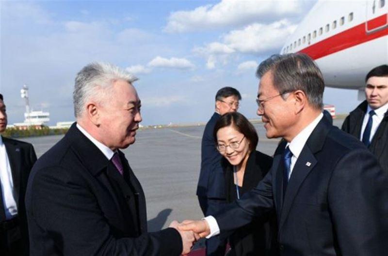Сегодня в Казахстан с государственным визитом прибыл президент Республики Корея Мун Чже Ин