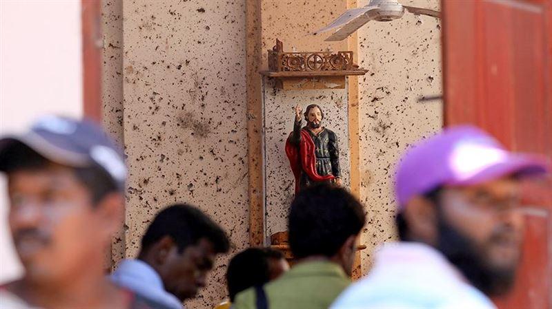 Власти Шри-Ланки обвиняют в терактах ИГИЛ