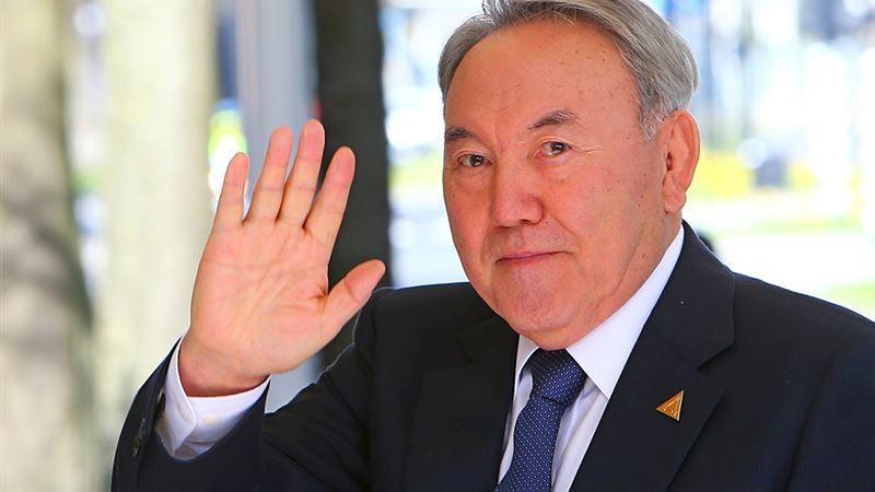 Назарбаев президенттіктен кетуге дайындалғанын ашық айтты