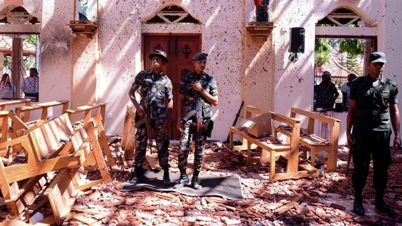 Количество жертв взрывов на Шри-Ланке выросло до 359