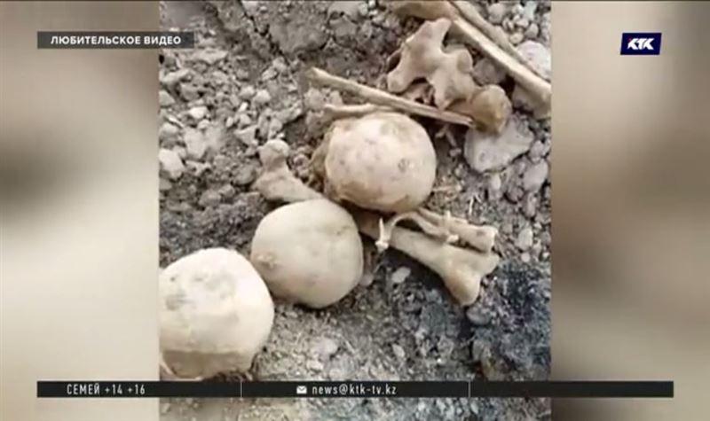 Человеческие черепа нашли близ легендарного мавзолея в Туркестане