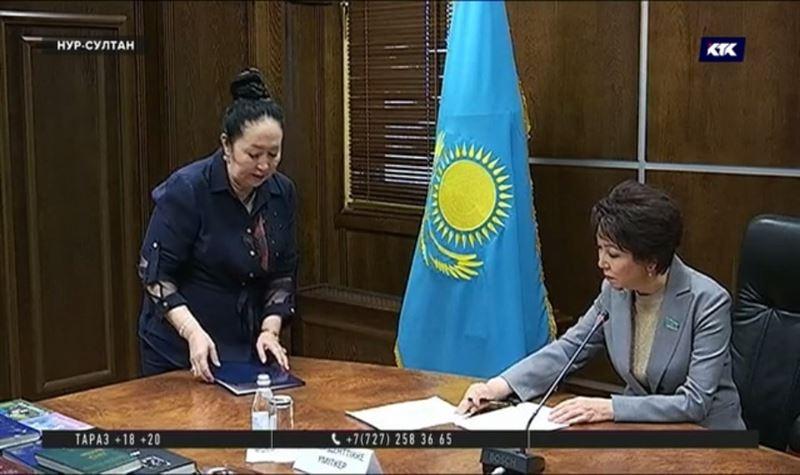 Экзамен на знание казахского успешно прошли еще два кандидата