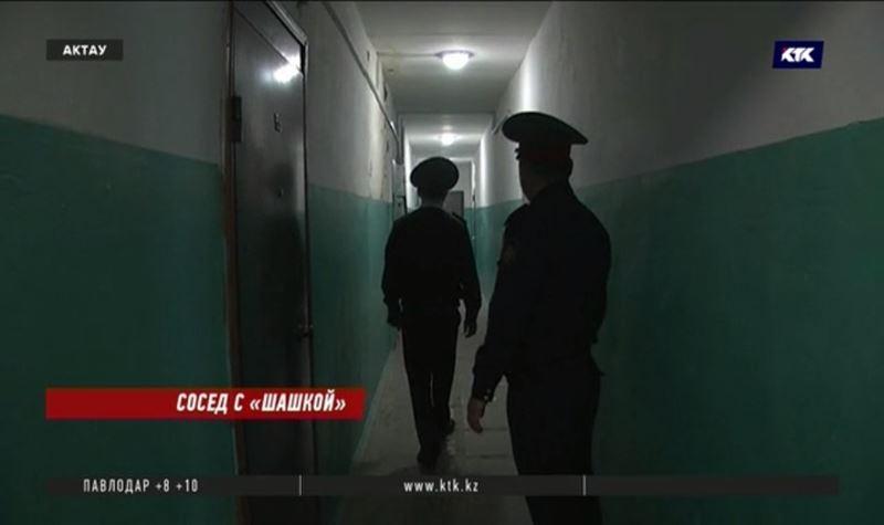 Житель Актау едва не отравил полицейских средством против клопов