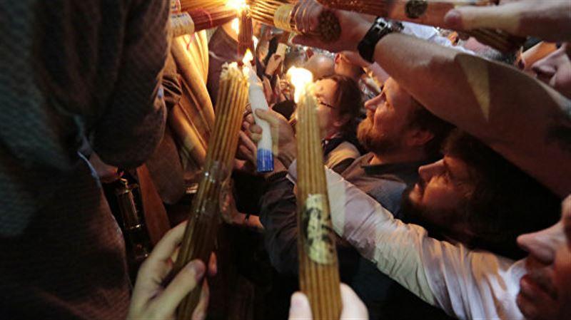 В Иерусалиме прошло схождение Благодатного огня