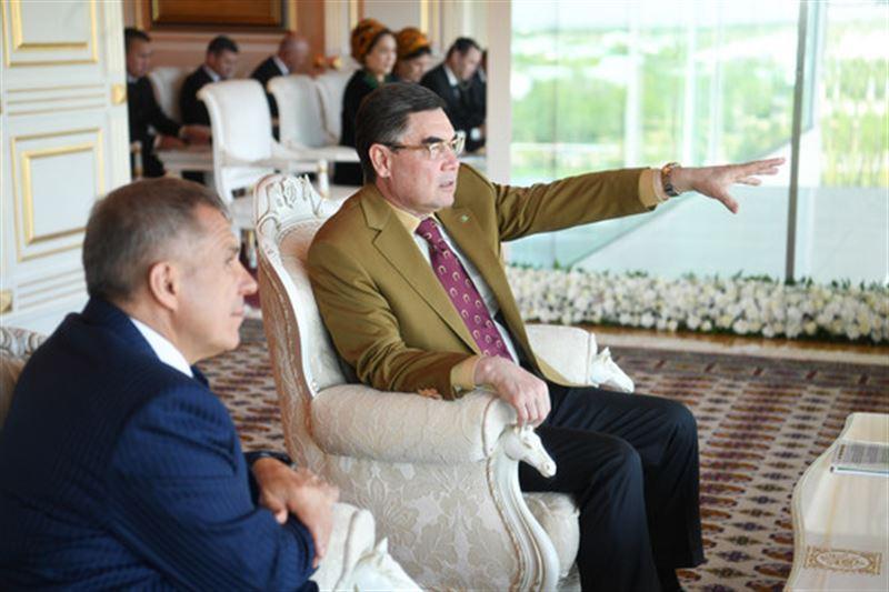 Президент Туркменистана Гурбангулы Бердымухамедов зачитал рэп