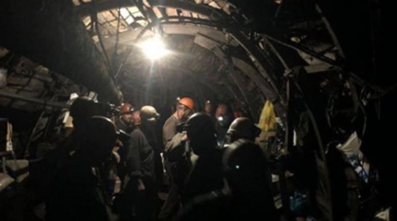 Қарағанды облысында электр жүйесі істемей қалып, 300-ден аса шахтер жер астында қалды
