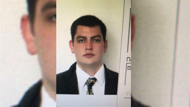 В Шереметьево погиб помогавший пассажирам бортпроводник Максим Моисеев