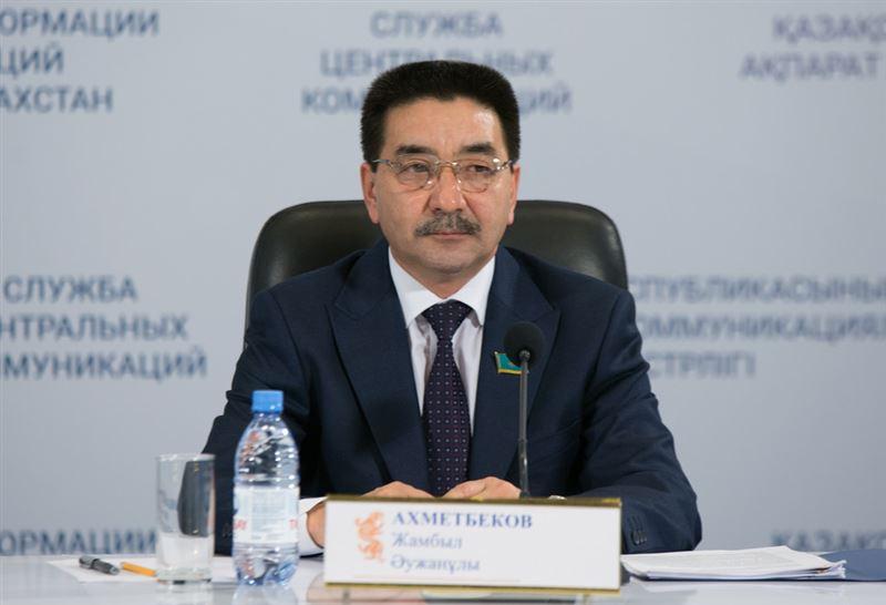 ЦИК зарегистрировал Жамбыла Ахметбекова кандидатом в президенты