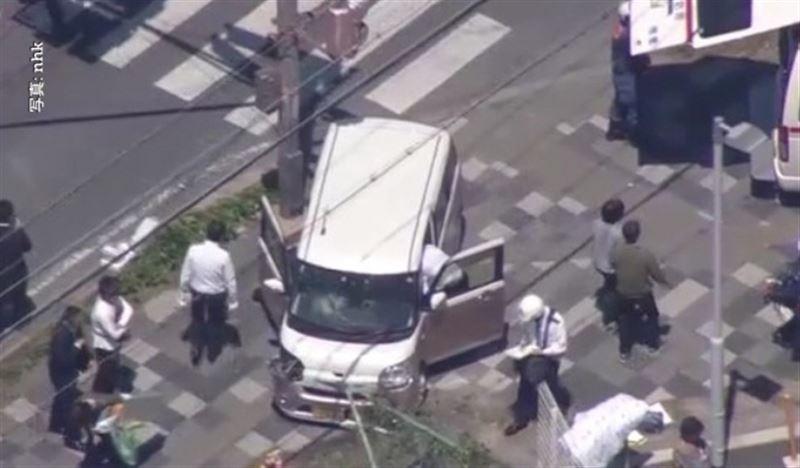 В Японии автомобиль врезался в группу детсадовцев: двое детей погибли