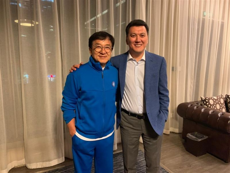 Джеки Чан хочет снять фильм в Казахстане
