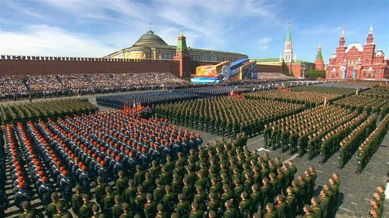 Елбасы Нурсултан Назарбаев прибыл в Москву для участия в параде Победы