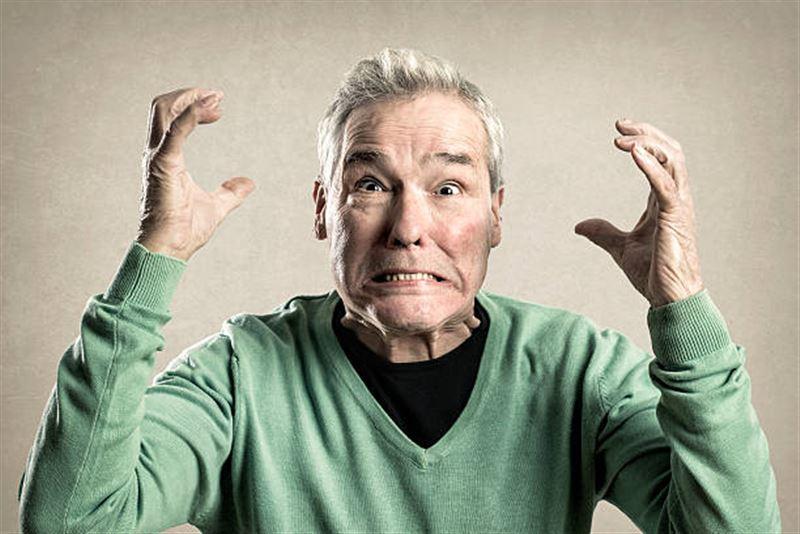 Ученые рассказали о влиянии агрессии на пожилых людей