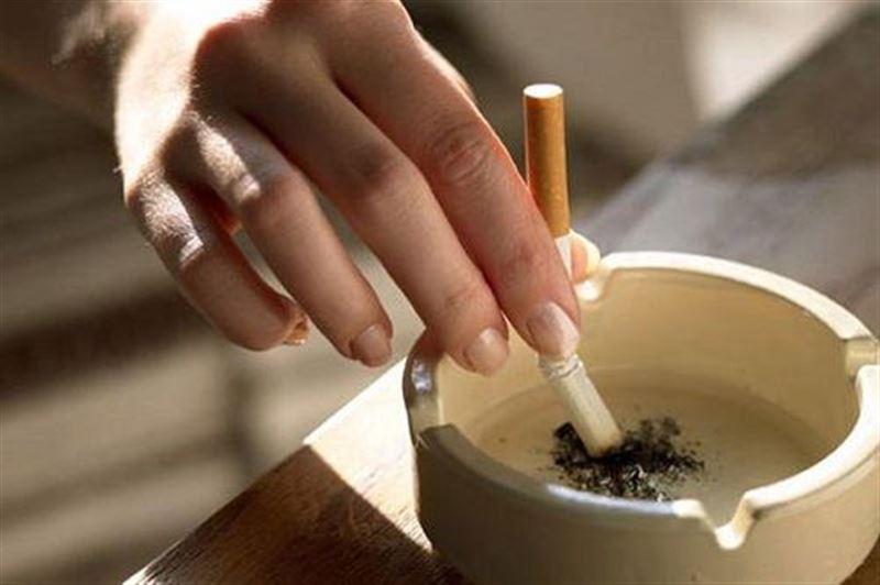 Эксперты назвали продукты, которые помогут бросить курить
