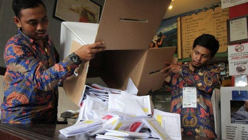 Выборы в Индонезии: около 500 человек скончались после подсчета голосов