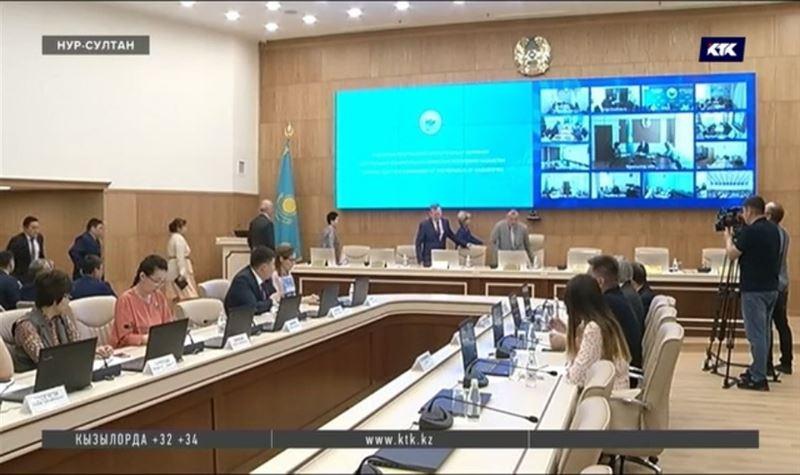 Иностранные наблюдатели получают аккредитацию на выборы в Казахстане