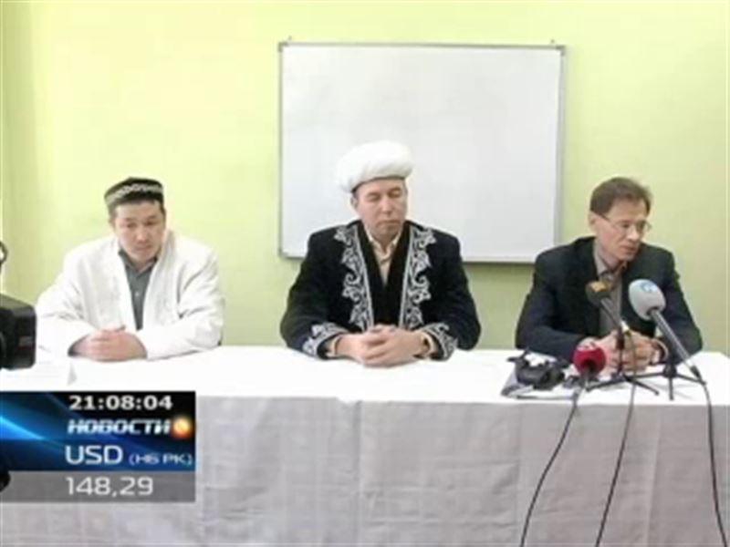 """Производитель водки с надписью """"Аллах"""" извинился перед верующими в мечети Актобе"""