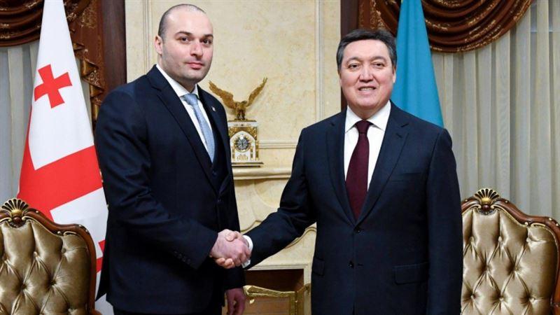 Аскар Мамин провел переговоры с главой правительства Грузии Мамукой Бахтадзе