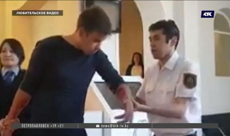 После оглашения приговора осужденный порезал себе вены