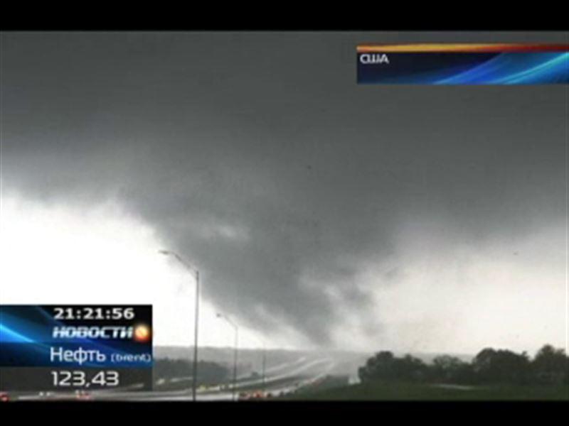 В Техасе устраняют последствия разрушительных торнадо