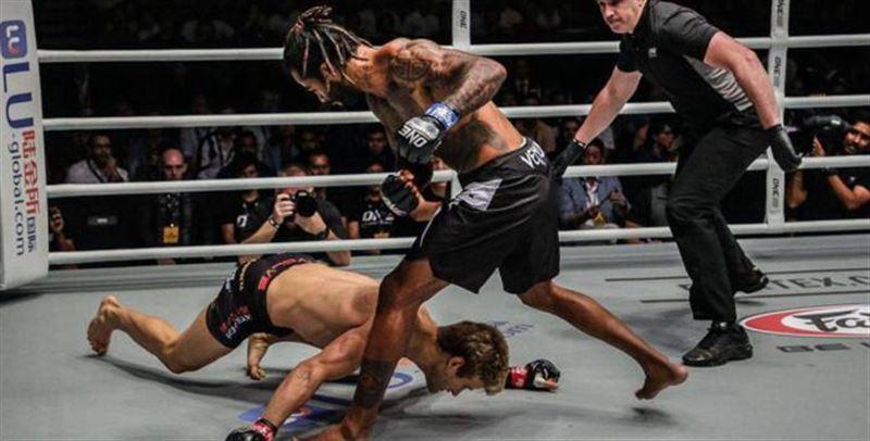 UFC-дің экс-файтері 29 секундта ауыр нокаутқа түсті