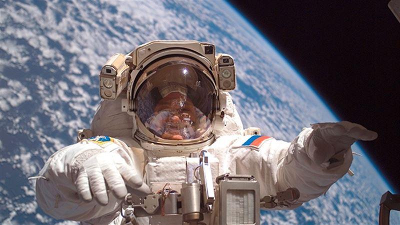 Учёный объяснил, почему в космосе запрещен алкоголь