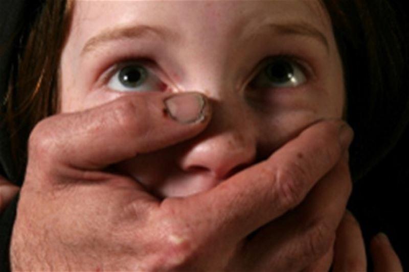 Педофил пытался изнасиловать девочку в одном из торговых центров Алматы