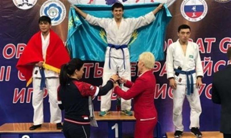 Спортсмен из Караганды взял «золото» на чемпионате Азии