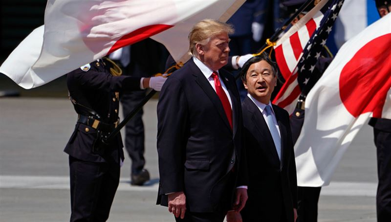 Трамп первым из мировых политиков встретился с новым японским монархом