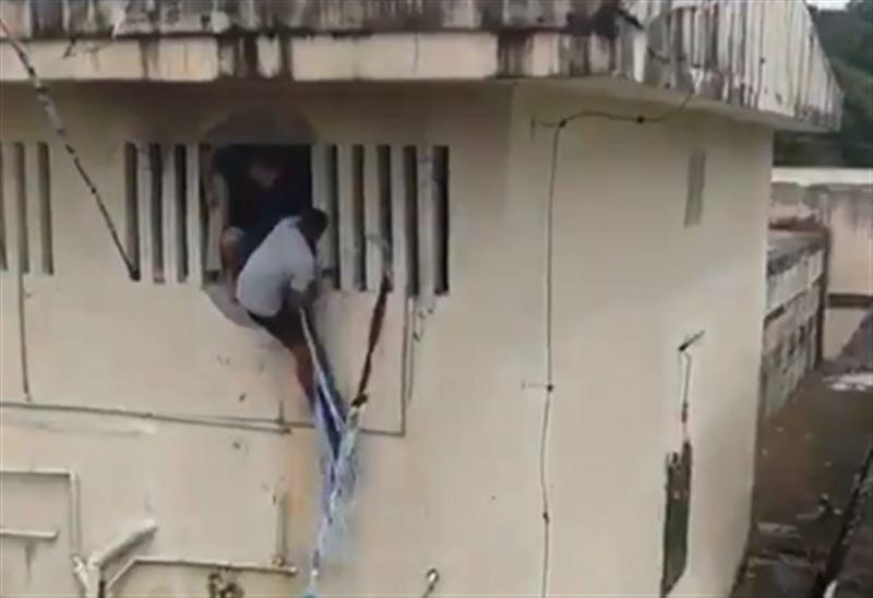 Массовая драка произошла в тюрьме в Бразилии. Есть жертвы